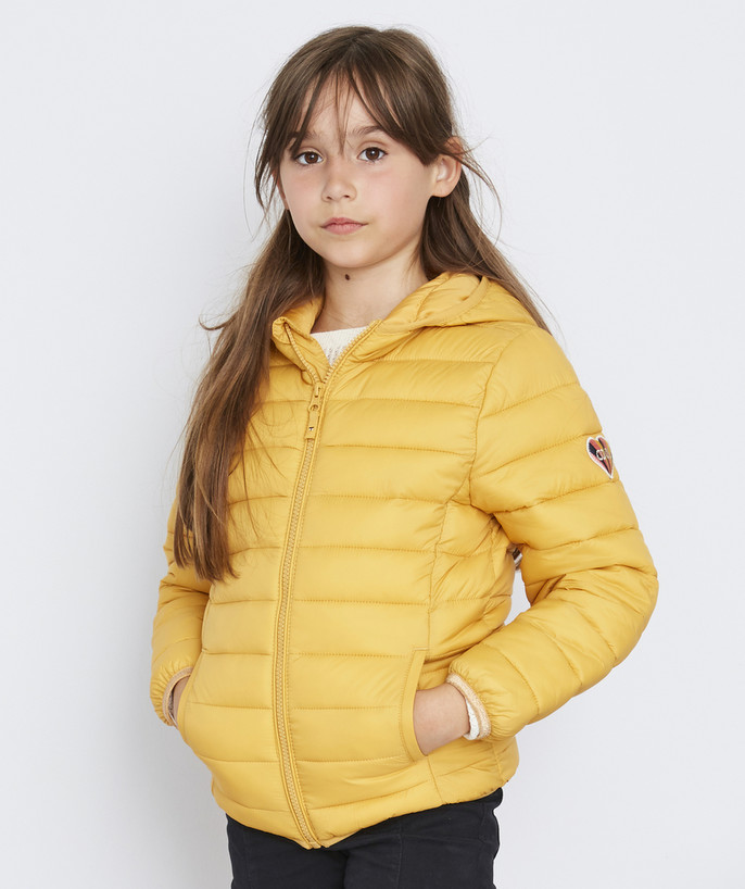 Coat - Padded jacket - Jacket radius - LIGHT AND WATER-REPELLENT MUSTARD PADDED JACKET