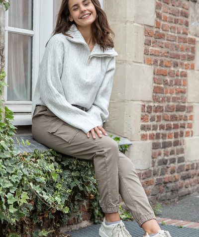 All collection Sub radius in - HIGH-WAISTED CARGO TROUSERS IN TAUPE CANVAS