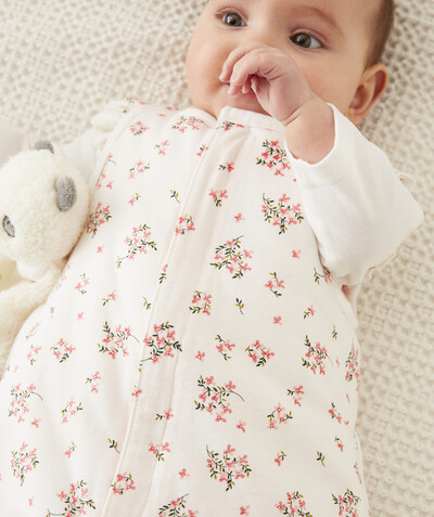 New collection radius - PALE PINK FLOWER-PATTERNED BABY SLEEPING BAG IN RECYCLED FIBRES