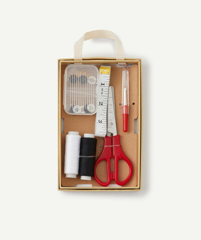 All accessories radius - THE ESSENTIAL SEWING KIT