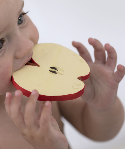 OLI & CAROL ® radius - OLI & CAROL® - APPLE TEETHING TOY