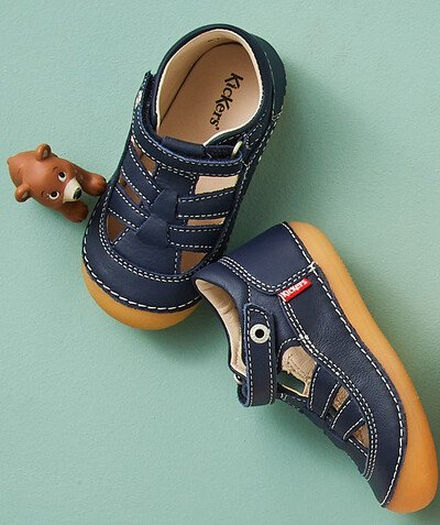 KICKERS ® radius - KICKERS� - FIRST STEPS SANDALS IN NAVY BLUE LEATHER